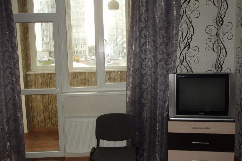 1-комн. квартира, 33 кв.м. на 3 человека, улица Батурина, 79, Симферополь - Фотография 5