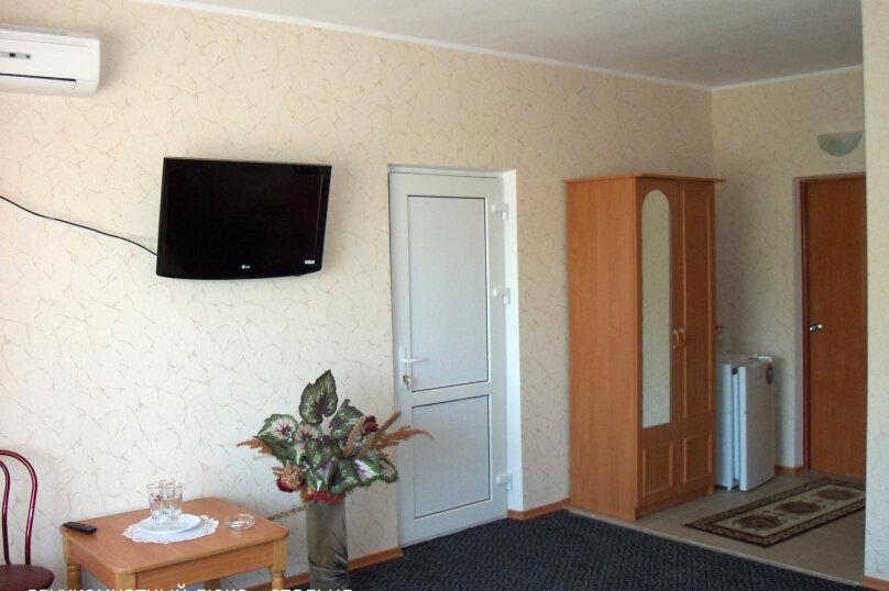 """Гостевой дом """"Вилла Светлана"""", улица Гоголя, 5А на 14 комнат - Фотография 29"""