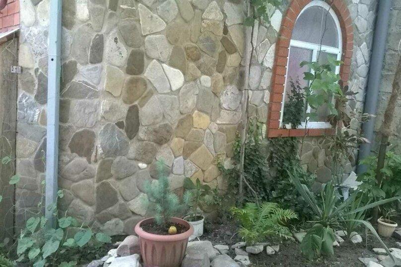 """Гостевой дом """"Светильник"""", Азовский переулок, 2 на 3 комнаты - Фотография 12"""