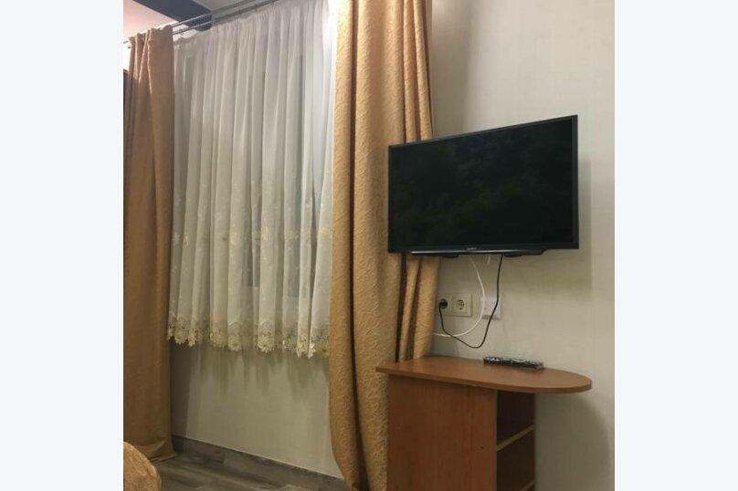Гостевой дом Тенистый дворик, улица Самбурова, 84/2 на 5 комнат - Фотография 27