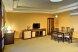 Люкс Премиум:  Номер, Люкс, 3-местный (2 основных + 1 доп), 2-комнатный - Фотография 17