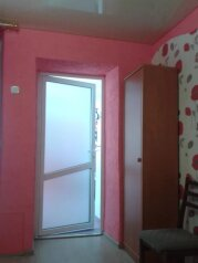 Сдам благоустроенный двухкомнатный дом, 80 кв.м. на 8 человек, 2 спальни, улица Вити Коробкова, 7, Евпатория - Фотография 3