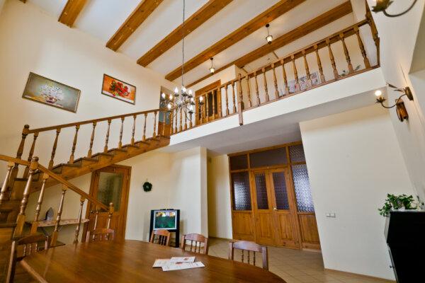 Дом, 250 кв.м. на 16 человек, 6 спален