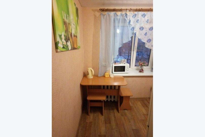 1-комн. квартира на 5 человек, переулок Нахимова, 14, Томск - Фотография 12