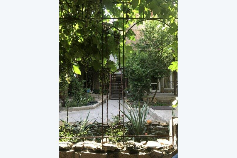 """Гостевой дом """"Лев на солнце"""", Юго-Западная улица, 21 на 8 комнат - Фотография 57"""