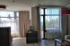Однокомнатный номер с балконом и видом на море:  Номер, Полулюкс, 4-местный (2 основных + 2 доп), 1-комнатный - Фотография 19