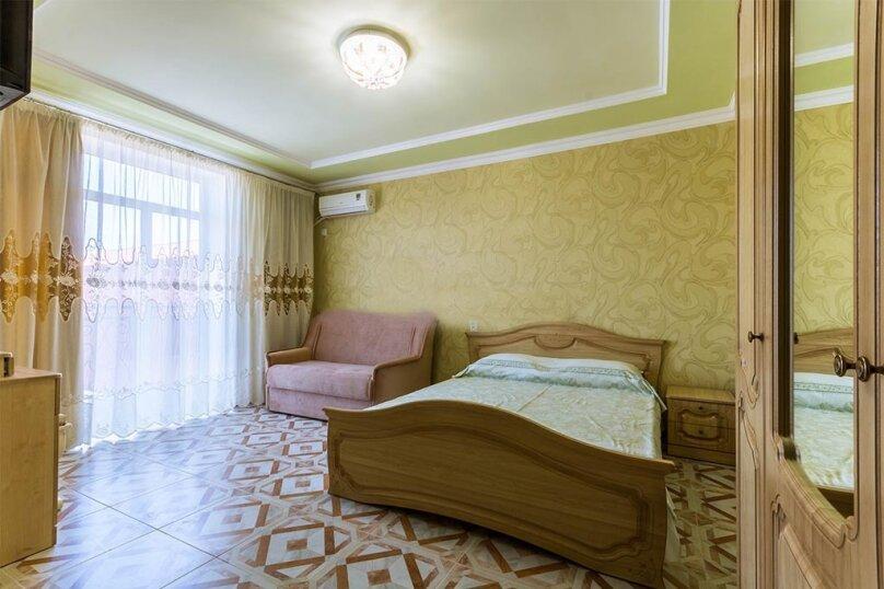 Однокомнатный номер с большим балконом, 2-й этаж, улица Гагарина, 48Д, Судак - Фотография 1