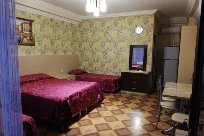 """Гостевой дом """"Анна"""", улица Просвещения, 85 на 20 комнат - Фотография 1"""