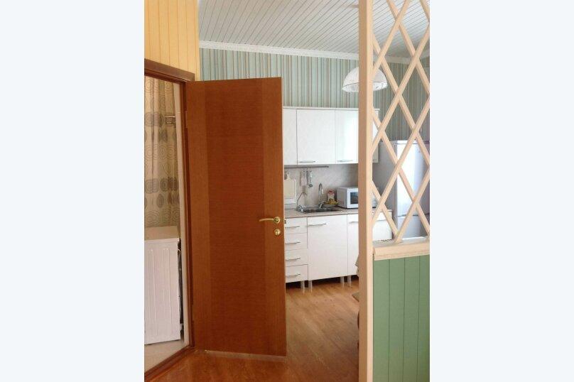 Двухэтажный дом с кухней и бассейном, 80 кв.м. на 6 человек, 1 спальня, Ленина, 131, Кучугуры - Фотография 12