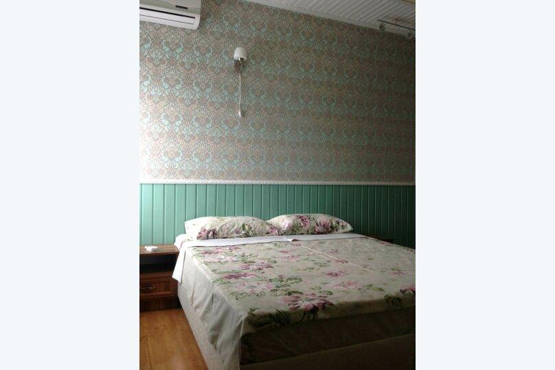Двухэтажный дом с кухней и бассейном, 80 кв.м. на 6 человек, 1 спальня, Ленина, 131, Кучугуры - Фотография 17