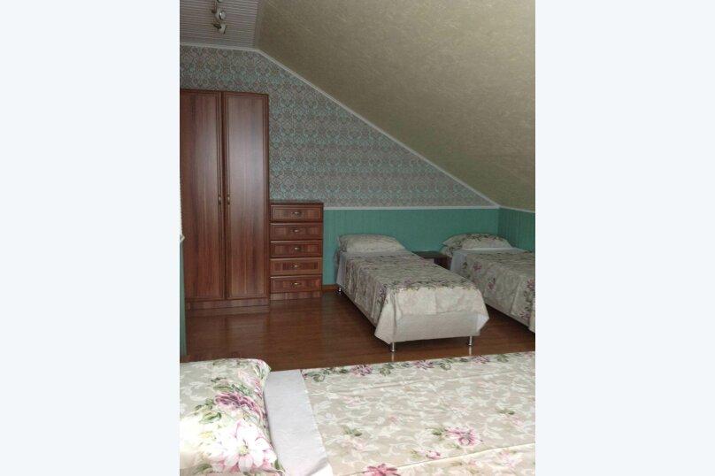 Двухэтажный дом с кухней и бассейном, 80 кв.м. на 6 человек, 1 спальня, Ленина, 131, Кучугуры - Фотография 20