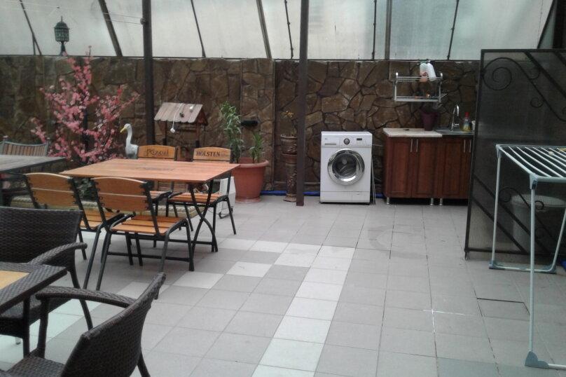"""Гостевой дом """"Санлит"""", улица 8 Марта, 24А на 11 комнат - Фотография 2"""