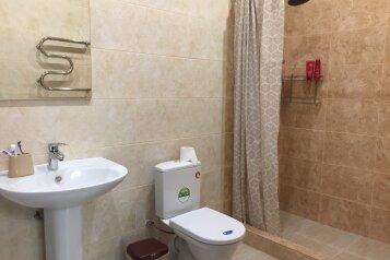 Апартаменты, 120 кв.м. на 8 человек, 3 спальни, Абрикосовая, 6, Прасковеевка - Фотография 2