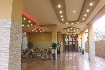 """Отель """"Элона"""", улица Богдана Хмельницкого, 5А на 24 номера - Фотография 1"""