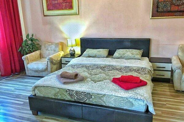 1-комн. квартира, 49 кв.м. на 4 человека, улица Игнатенко, 5, Ялта - Фотография 1