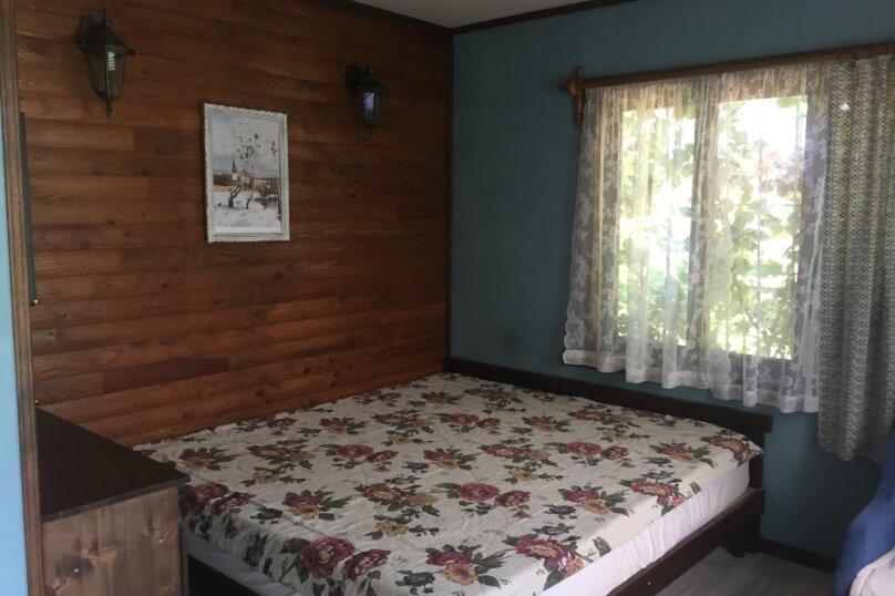 Домик и Дворик  Персиковая поляна, 30 кв.м. на 5 человек, 2 спальни, Береговая улица, 5, Архипо-Осиповка - Фотография 2