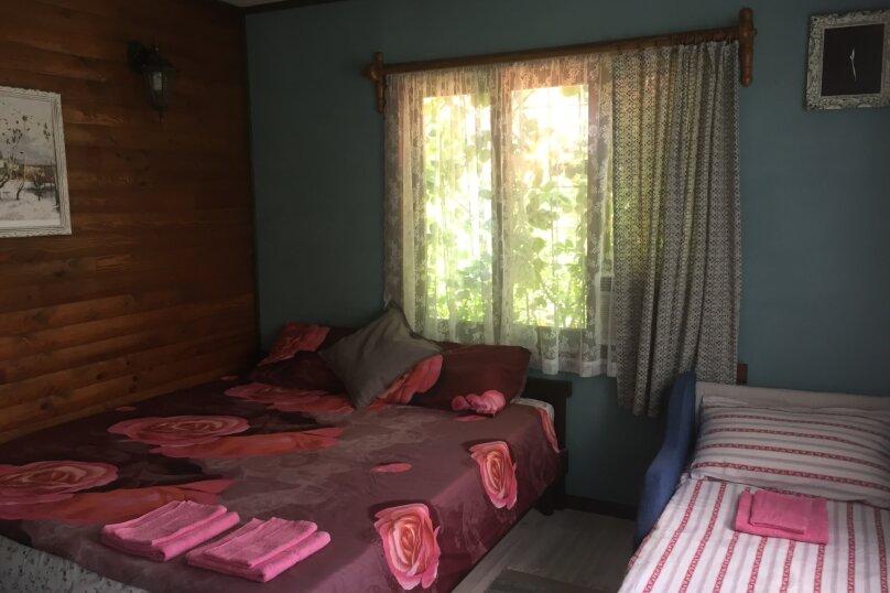 Домик и Дворик  Персиковая поляна, 30 кв.м. на 5 человек, 2 спальни, Береговая улица, 5, Архипо-Осиповка - Фотография 10