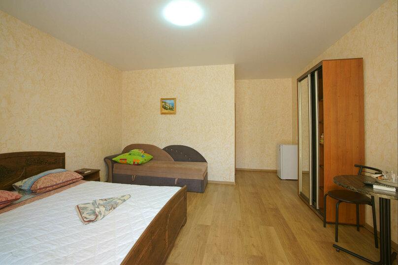 Семейная комната на 1 этаже, Набережная улица, 4б, Рыбачье - Фотография 1