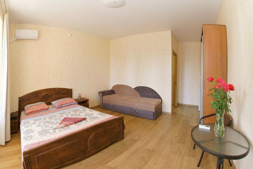 Семейная комната на 2 и 3 этаже с общей террасой, Набережная улица, 4б, Рыбачье - Фотография 1
