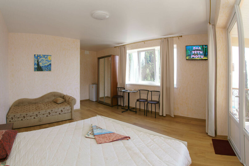 Семейная комната с панорамным окном и общей террасой, Набережная улица, 4б, Рыбачье - Фотография 1