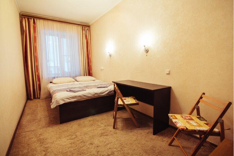 2-х местная комната c двумя раздельными кроватями или одной большой, 4-я Красноармейская улица, 14, Санкт-Петербург - Фотография 1