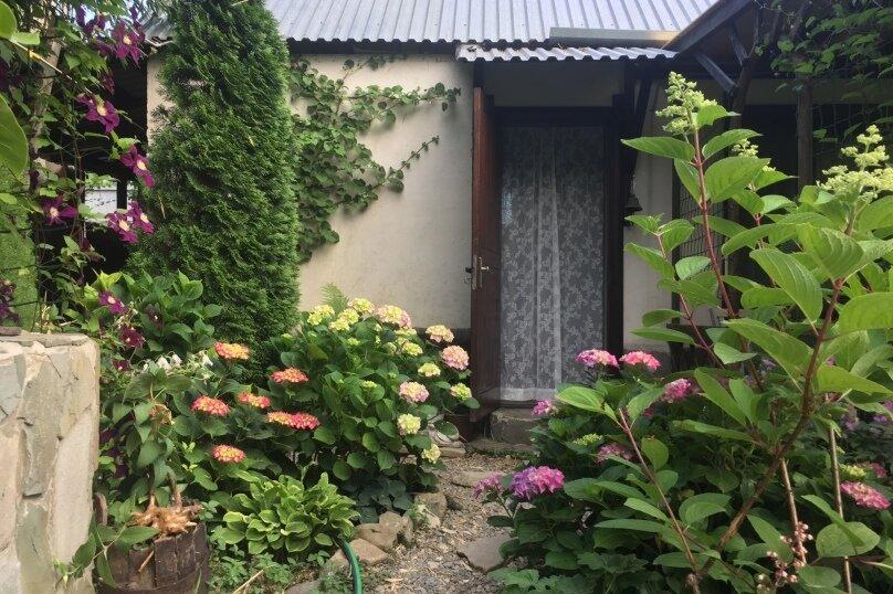 Домик и Дворик  Персиковая поляна, 30 кв.м. на 5 человек, 2 спальни, Береговая улица, 5, Архипо-Осиповка - Фотография 12