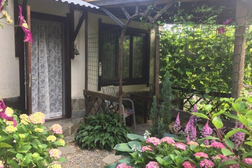 Домик и Дворик  Персиковая поляна, 30 кв.м. на 5 человек, 2 спальни, Береговая улица, 5, Архипо-Осиповка - Фотография 13