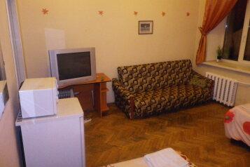 Хостел, улица Жуковского, 57 на 20 номеров - Фотография 1