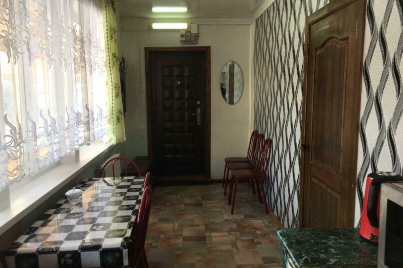 Коттедж, 70 кв.м. на 8 человек, 3 спальни, Комсомольская, 12а, Байкальск - Фотография 3