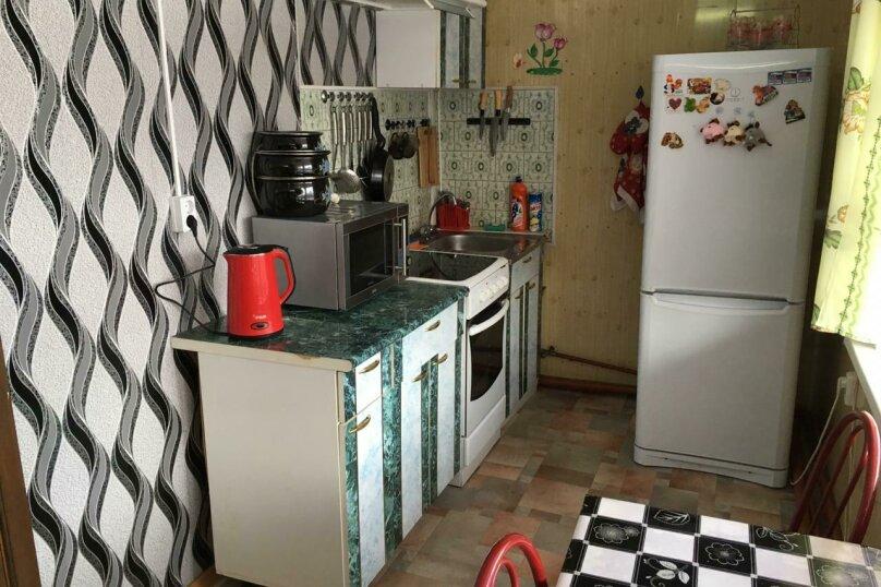 Коттедж, 70 кв.м. на 8 человек, 3 спальни, Комсомольская, 12а, Байкальск - Фотография 4