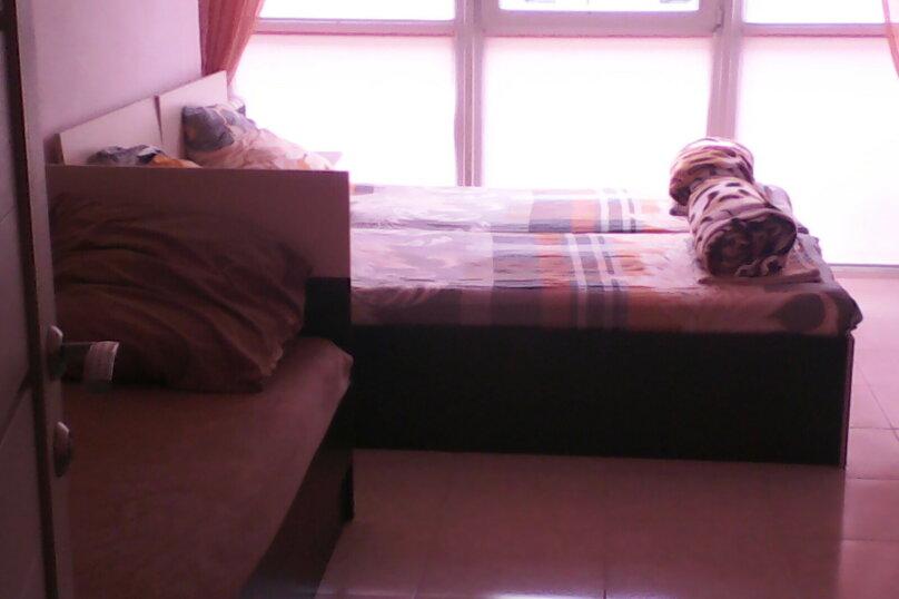 2-комн. квартира, 40 кв.м. на 7 человек, улица Воина Шембелиди, 22, Витязево - Фотография 2