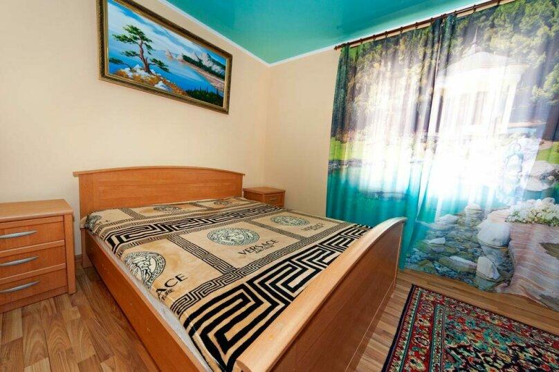 Двухместный номер, улица Пушкина, 8, Феодосия - Фотография 1