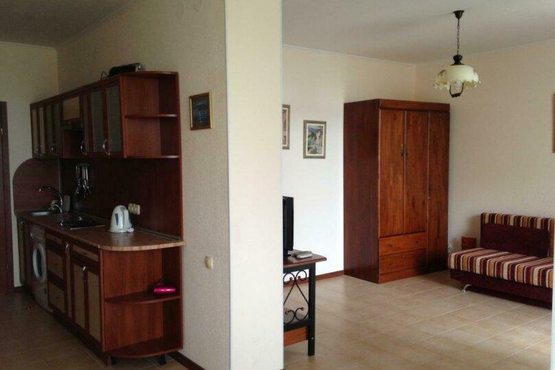 Отдельная комната, Набережная улица, 11А, Коктебель - Фотография 1