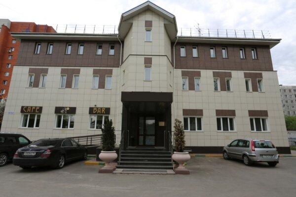 Гостиница, улица Циолковского, 17 на 14 номеров - Фотография 1
