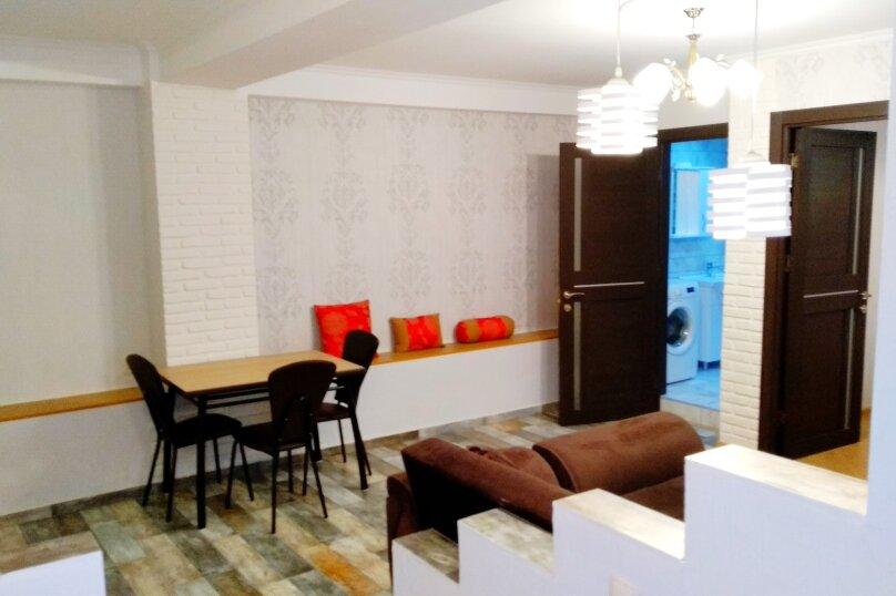 2-комн. квартира, 47 кв.м. на 4 человека, улица Чаилури, 36, Тбилиси - Фотография 2