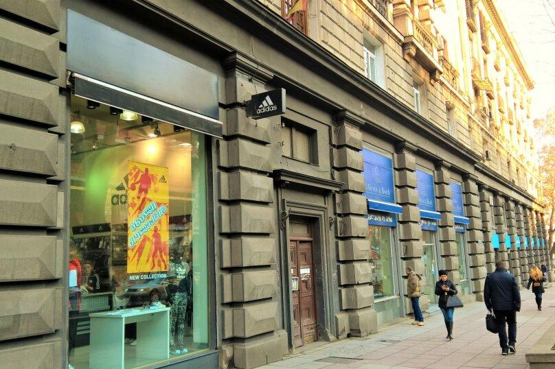 4-комн. квартира, 140 кв.м. на 8 человек, проспект Шота Руставели, 1, Тбилиси - Фотография 8