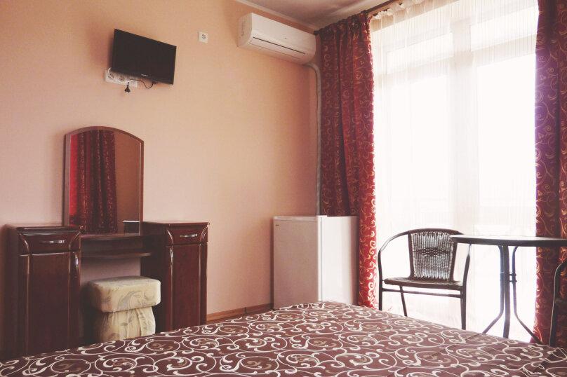 Двухместный номер с одной двуспальной или двумя односпальными кроватями , Таврическая, 17, Судак - Фотография 5