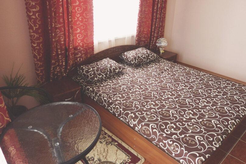Двухместный номер с одной двуспальной или двумя односпальными кроватями , Таврическая, 17, Судак - Фотография 6