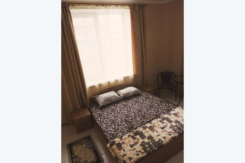 Двухместный номер с одной двуспальной или двумя односпальными кроватями , Таврическая, 17, Судак - Фотография 14