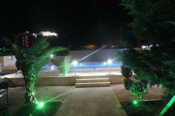 Гостиница Beach House, улица Шерифа Химшиашвили, 89 на 48 номеров - Фотография 4
