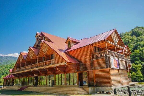 """Отель """"Chveneburi"""""""