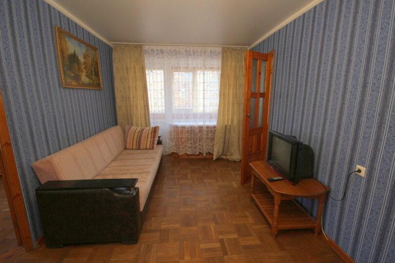 2-комн. квартира, 43 кв.м. на 5 человек, улица Островского, 15, Ейск - Фотография 5