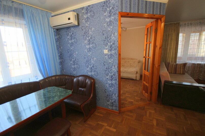 2-комн. квартира, 43 кв.м. на 5 человек, улица Островского, 15, Ейск - Фотография 6