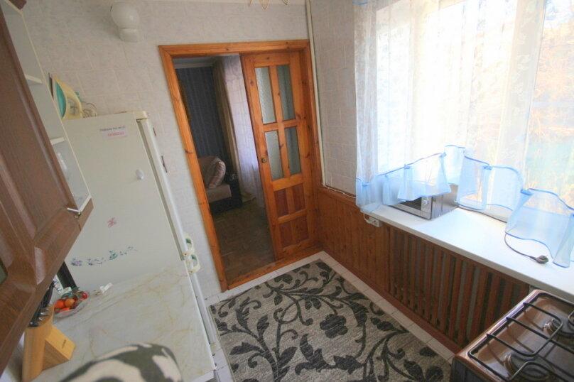 2-комн. квартира, 43 кв.м. на 5 человек, улица Островского, 15, Ейск - Фотография 11