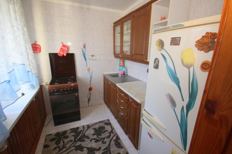 2-комн. квартира, 43 кв.м. на 5 человек, улица Островского, 15, Ейск - Фотография 12