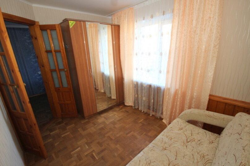2-комн. квартира, 43 кв.м. на 5 человек, улица Островского, 15, Ейск - Фотография 1