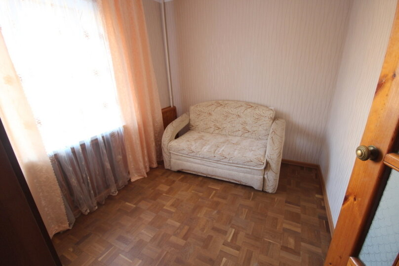 2-комн. квартира, 43 кв.м. на 5 человек, улица Островского, 15, Ейск - Фотография 13