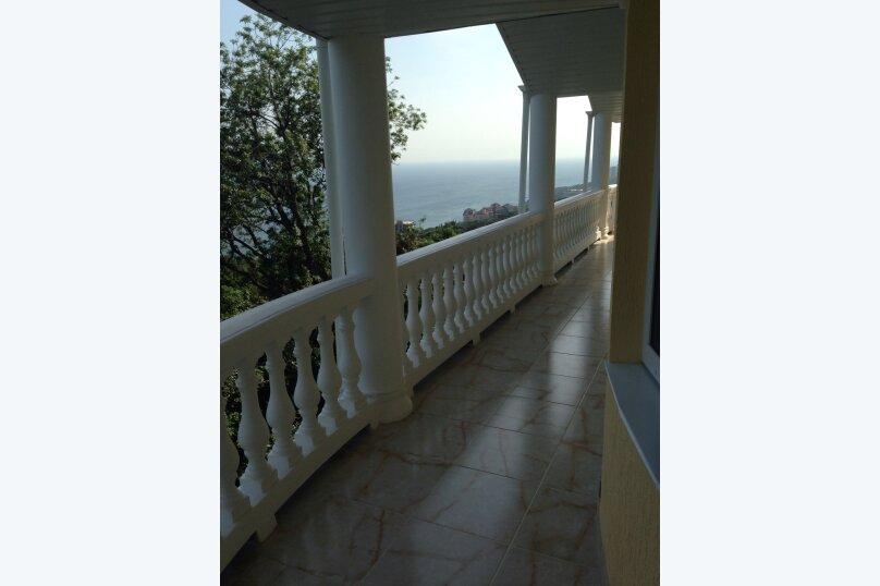Верхний этаж дома с панорамным видом на море и отдельным входом, 133 кв.м. на 6 человек, 2 спальни, Севастопольское шоссе, 54 Е, Гаспра - Фотография 30