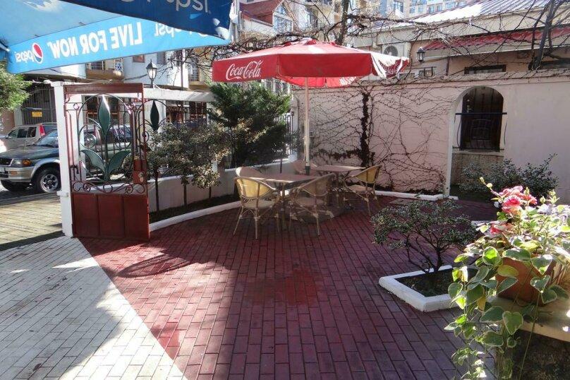 """Отель """"Light House"""", улица Александра Казбеги, 4 на 16 номеров - Фотография 3"""