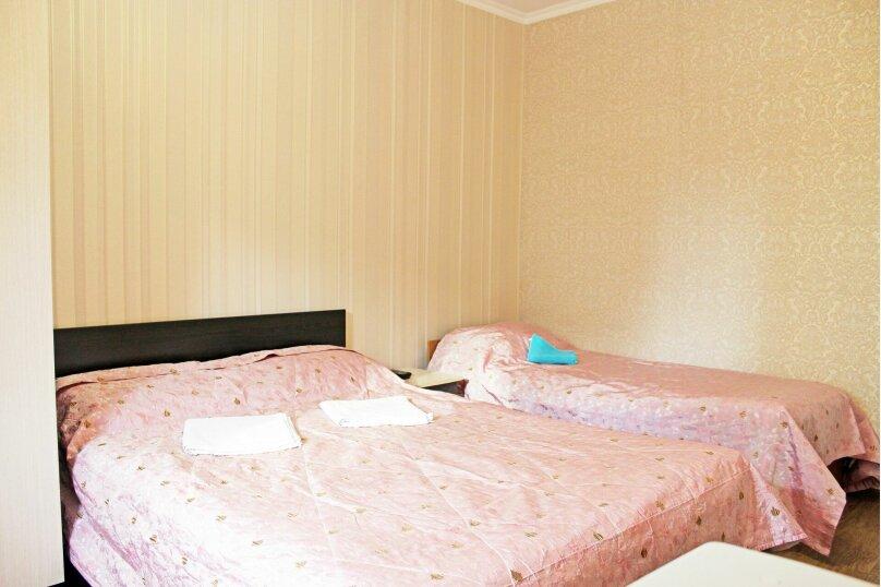 (15)Номер с удобствами для 3х гостей , Лазурная улица, 12, Адлер - Фотография 1